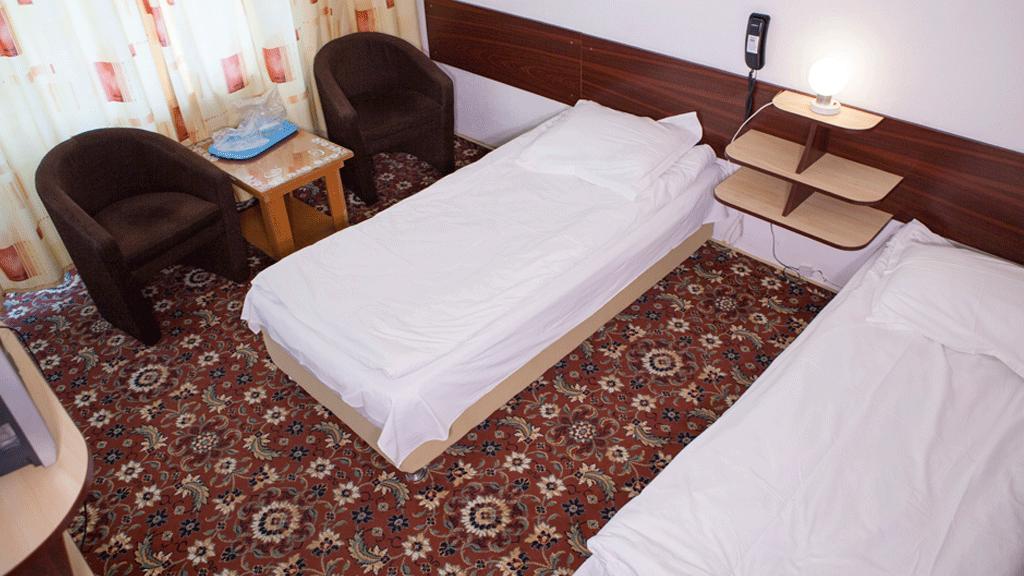 Ceres Monteoru Camere
